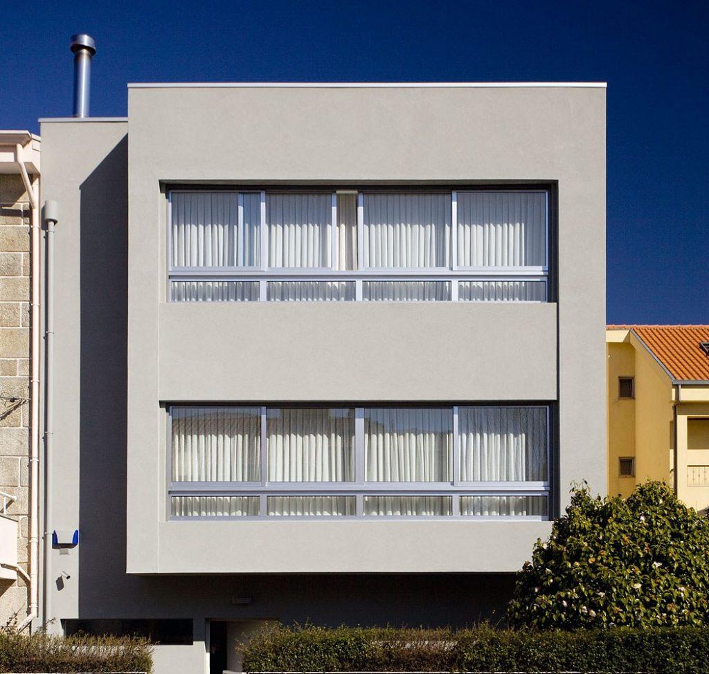 Projeto design de interiores, fachada arquitetónica, Porto (Portugal). CódigoDesign